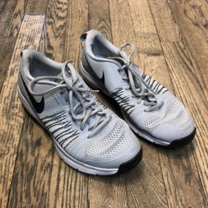 Nike 'Flywire' gray sneakers size 7